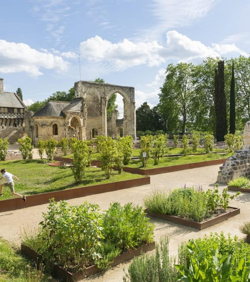 Prieure_Saint_Cosme_jardins_enfants_stevens_Frémont