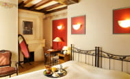 Chambre double  standard 7 h+¦tel restaurant MANOIR DE LA GIRAUDIERE CHINON
