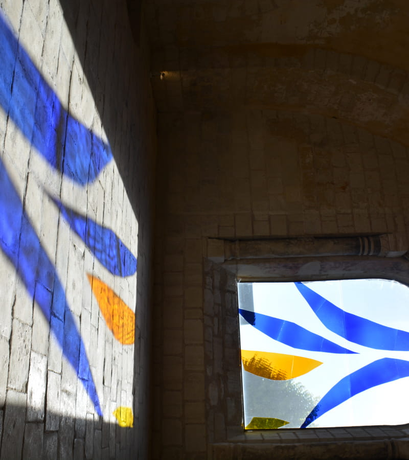 Chinon - Collégiale St Mexme Vitrail 9 - ©Aurore Povéda