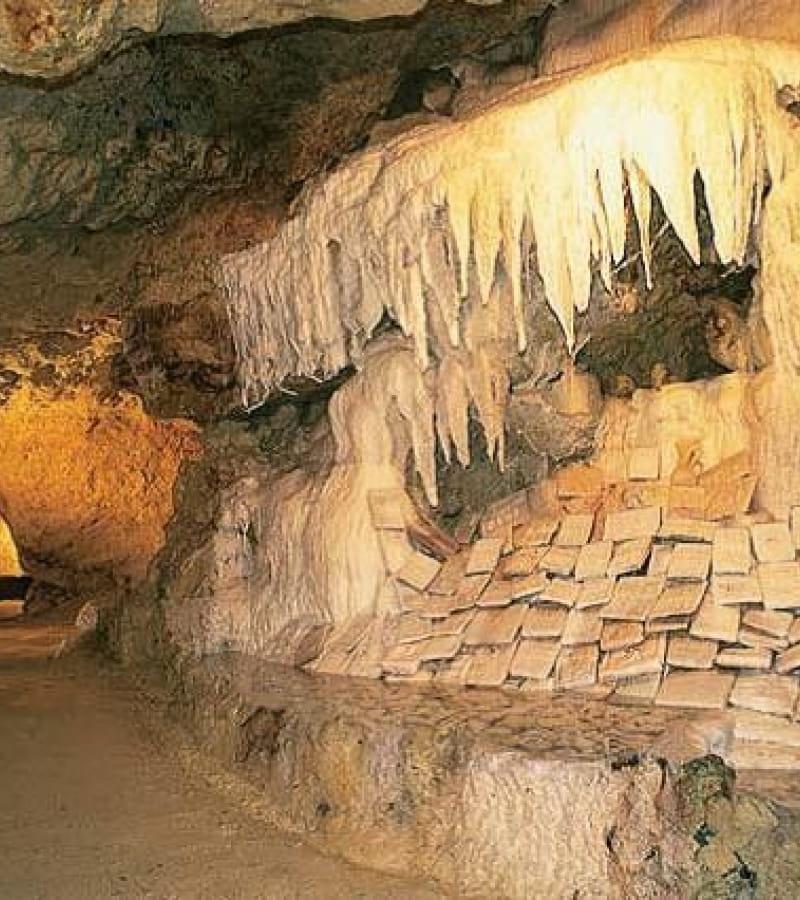 SAVONNIERES Grottes pétrifiantes