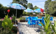 Camping-La-Fritillaire-terrasse-Arriere