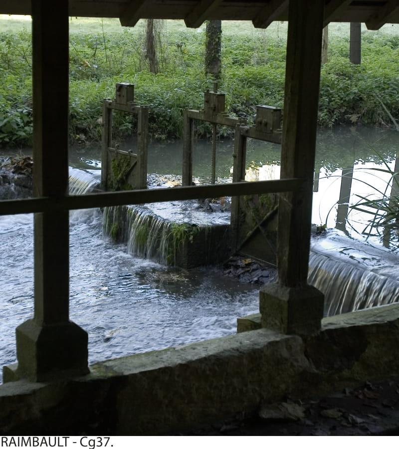 Domaine de Candé à Monts. Lavoir. 2004.