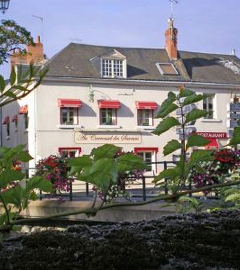 facade-Restaurant-Hotel-Carroussel-des-saveurs
