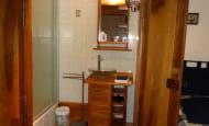 ACVL-Beaumont-en-veron--Les-fromentaux-Sdb-chambre-Marine
