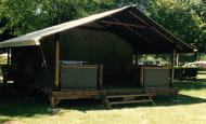 Camping de l'Ile Auger - Location de bungalows toilés - Chinon